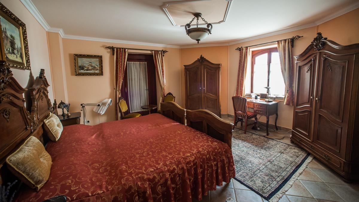 Vörös Kastély szálloda extra szoba